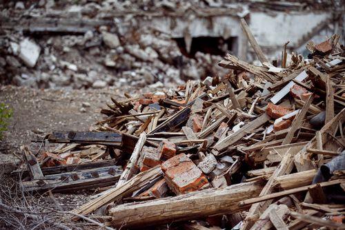 Más de 25 vertederos ilegales de residuos de construcción en Valencia