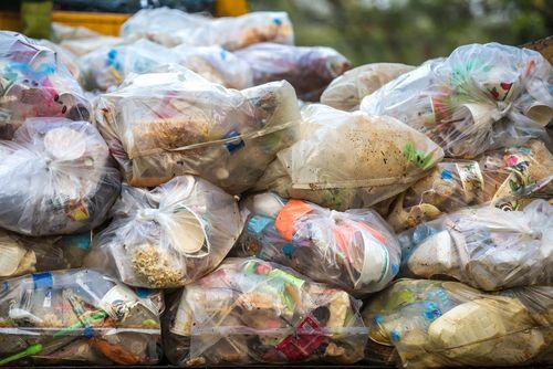 La CE reclama a España un impuesto nacional al vertido de residuos