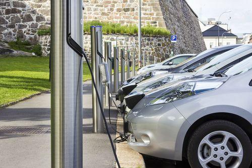 El reciclaje de las baterías de los coches eléctricos, un reto para el futuro