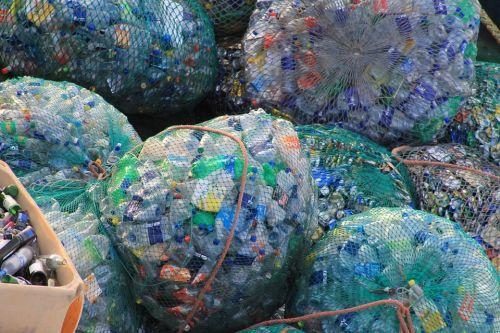 China reduce drásticamente su recepción de basura para solucionar la contaminación