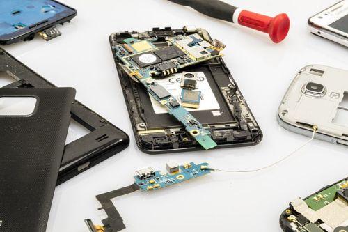 Solo un 5% de los metales extraños de los móviles se recicla