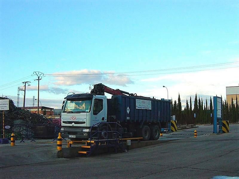 camion lyrsa valladolid