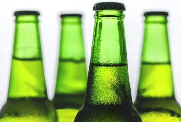 El vidrio se suma al incremento del reciclaje de envases en España